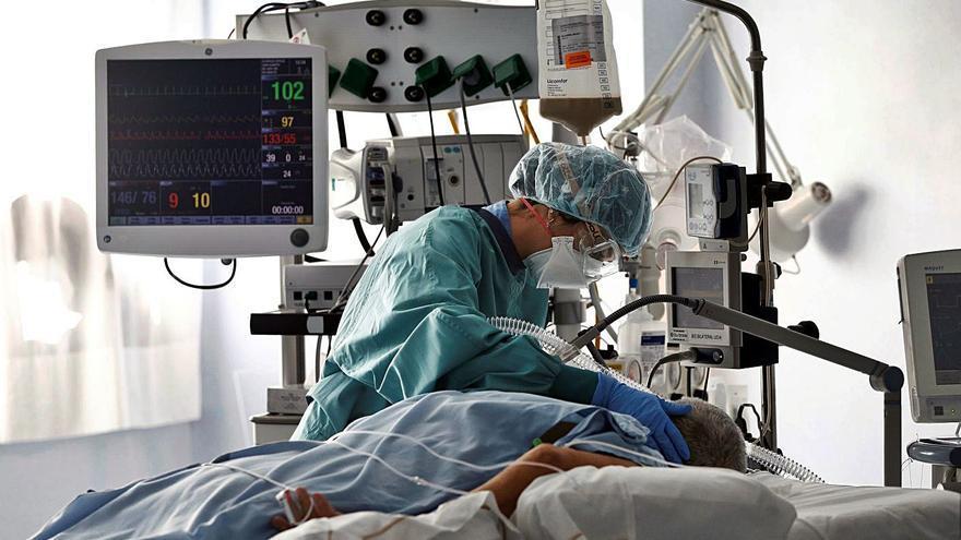 Un 70% de pacientes COVID intubados sufre después problemas para tragar alimentos