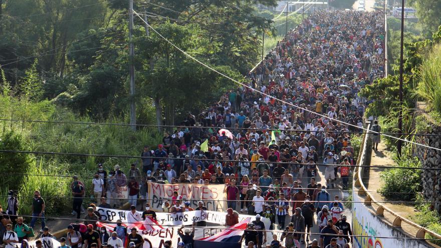 Unos 6.000 migrantes parten de Chiapas para llegar a Ciudad de México