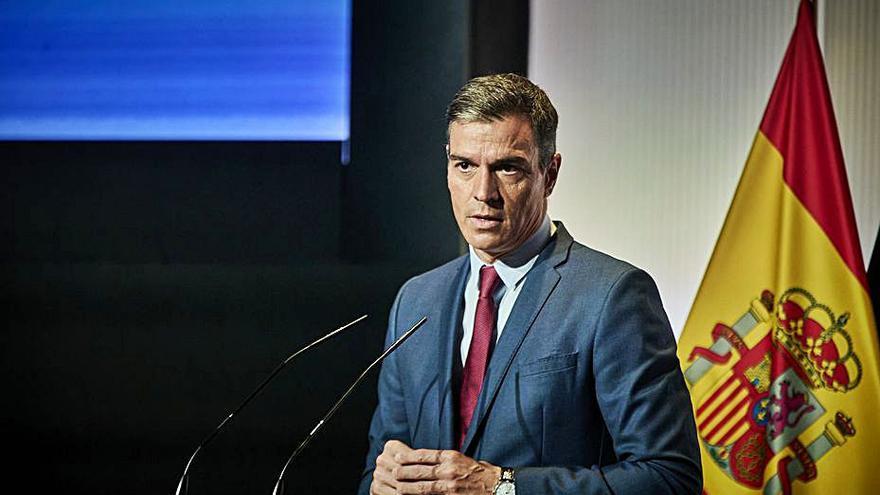 Sánchez es refugia en l'economia i l'agenda social i afegeix pressió al PP