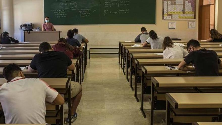 Educación organiza mañana el primer examen de certificación de Lengua Asturiana