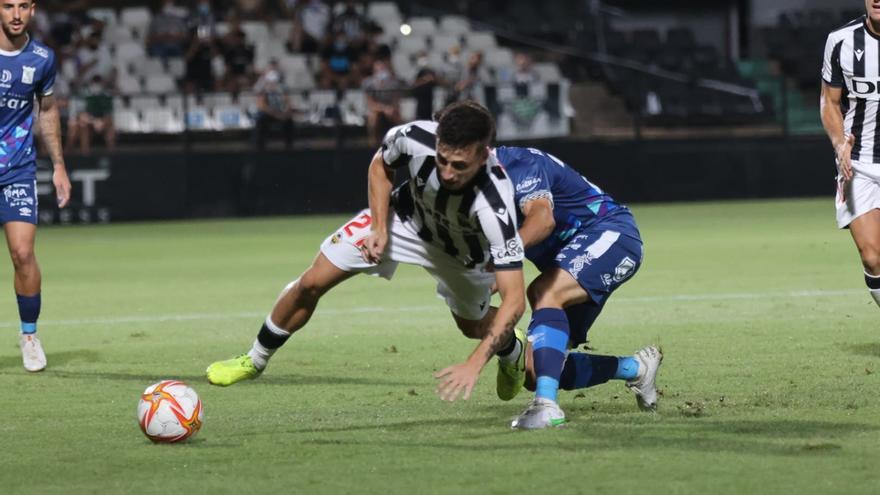 El Castellón pierde ante el Sanluqueño un partido en el que merece golear (0-1)