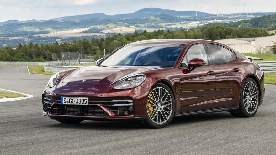 Porsche renueva la gama del Panamera, su deportivo más familiar