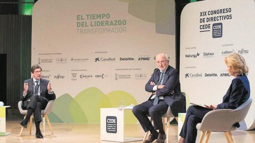 Roig y Goirigolzarri piden centrarse en la economía, que no debe parar