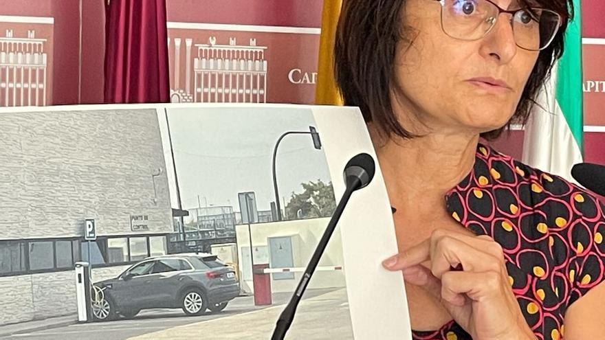 IU denuncia que el concejal David Dorado recarga su coche eléctrico en el Ayuntamiento