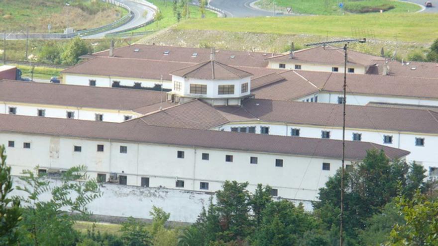 Un monitor de surf es encarcelado en Gipuzkoa tras seis denuncias de abusos a menores