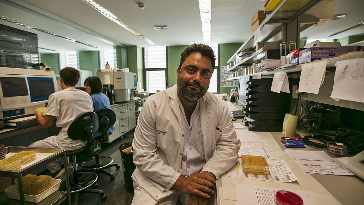 El jefe de Microbiología de Son Espases ha detectado 25 casos provocados por la variante inglesa en Balears, la cifra mas alta del país.