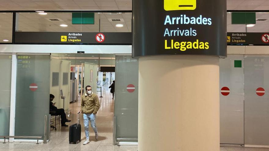 El govern espanyol amplia fins al 31 de desembre el tancament parcial de fronteres