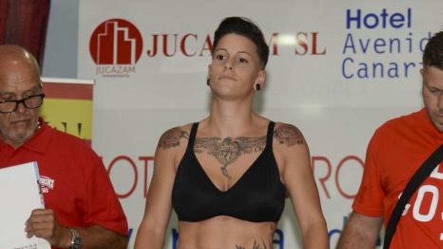 Pesaje de los participantes deñ Boxeo Profesional Canario