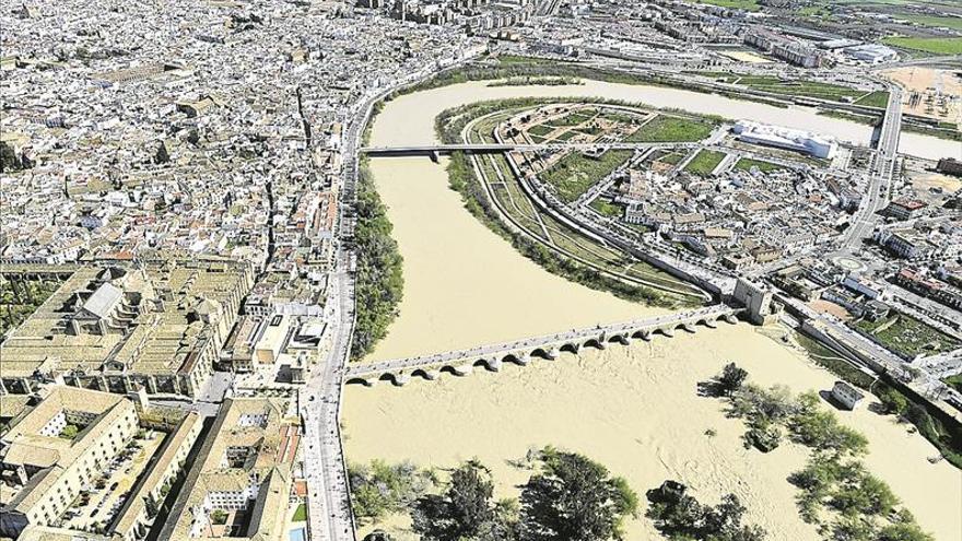 Construcor acusa a Urbanismo de paralizar la ejecución de proyectos