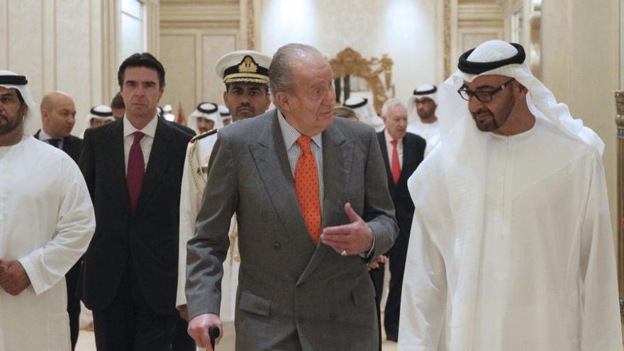 El rei Joan Carles s'hauria traslladat a Abu Dhabi des de Vigo el dilluns, segons ABC