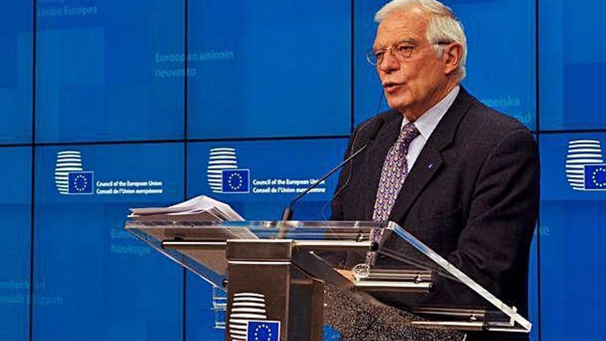 La UE controlarà l'embargament d'armes a Líbia amb una missió