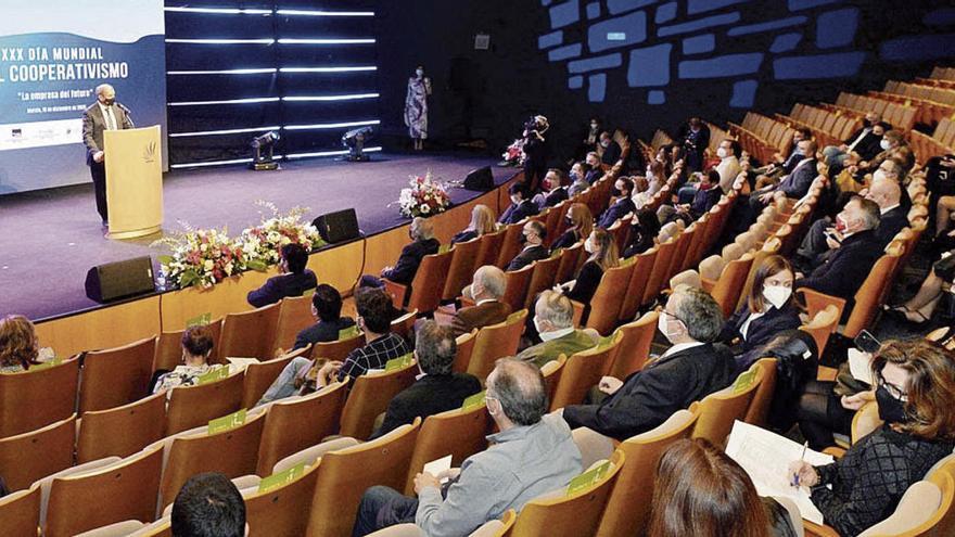 Ucomur y Ucoerm: Treinta y cinco años de cooperativismo