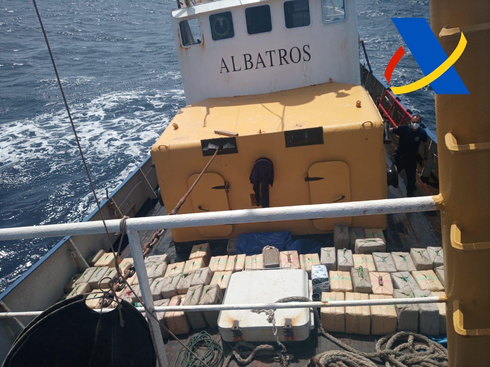 El 'Albatros', el barco de las 18.000 toneladas de hachís