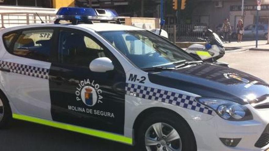 Arrestan a un joven por agredir a su padre en Molina de Segura
