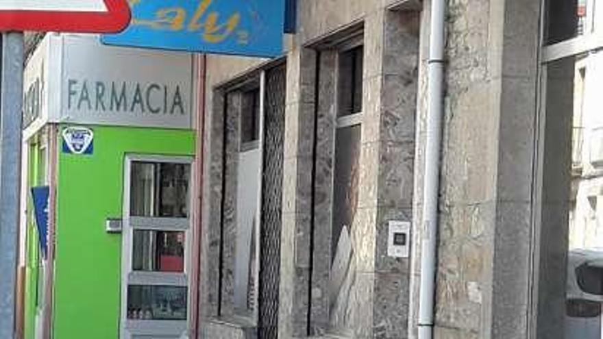 Un vecino del rural silledense permanece ingresado en un hospital compostelano