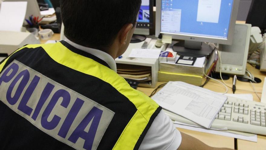 La Policía Nacional advierte de una estafa en los servicios de paquetería