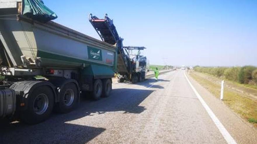 El PP reprueba al PSOE el retraso de tres años en la rehabilitación de la A-66, de Benavente al límite provincial con León