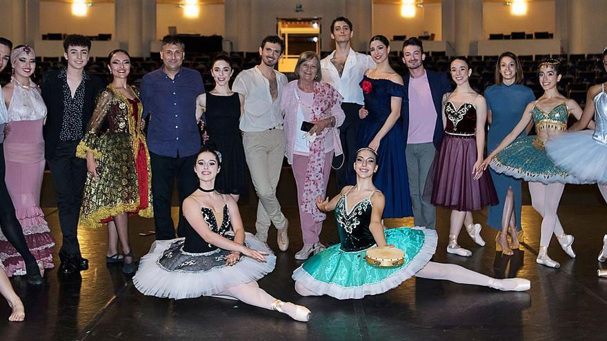 Los bailarines murcianos vuelven a brillar en el Auditorio Víctor Villegas
