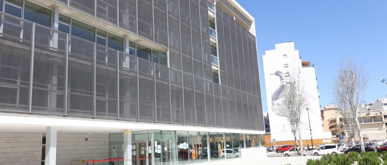 Fachada de los juzgados de Ibiza, en una imagen de archivo.