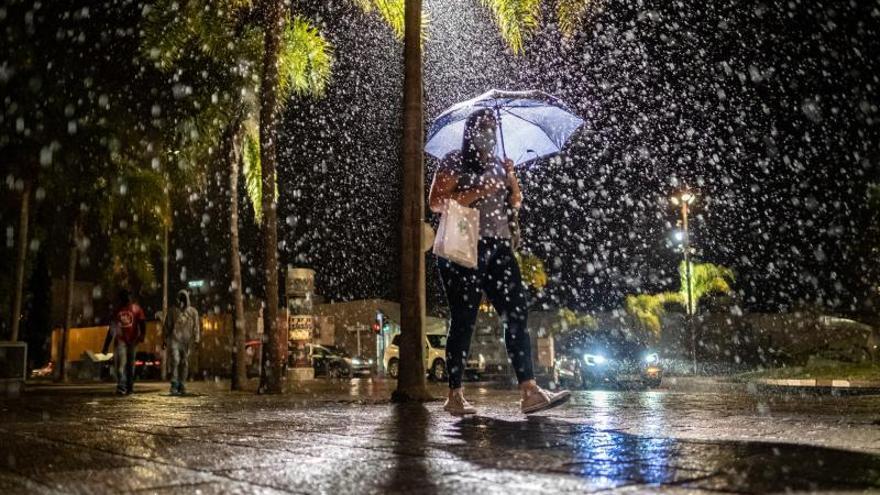 Tarde de lluvias en Tenerife