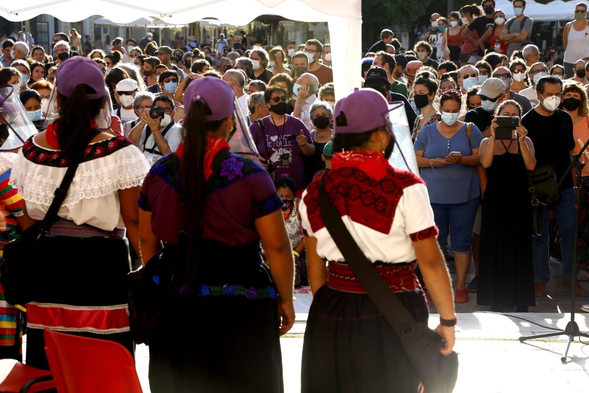 Un grupo de zapatistas mexicanos llega a València para vertebrar luchas compartidas