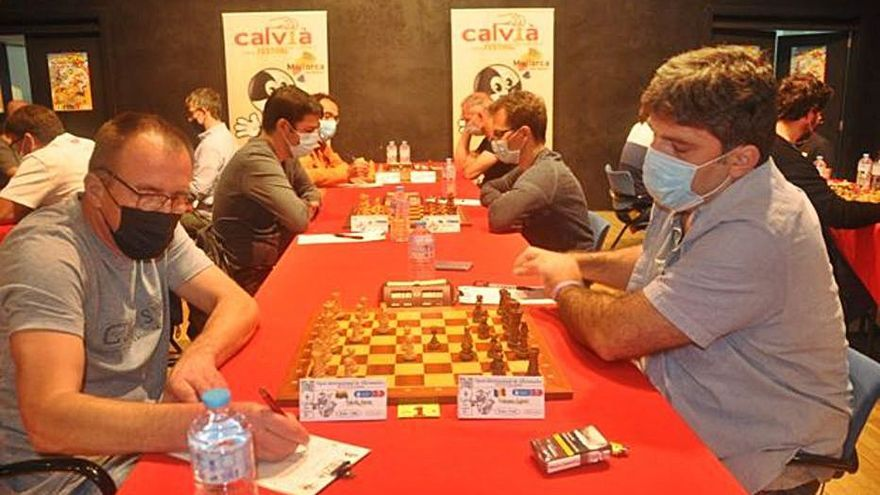 Gabriel Voiteanu lidera en solitario el Open de ajedrez de Calvià