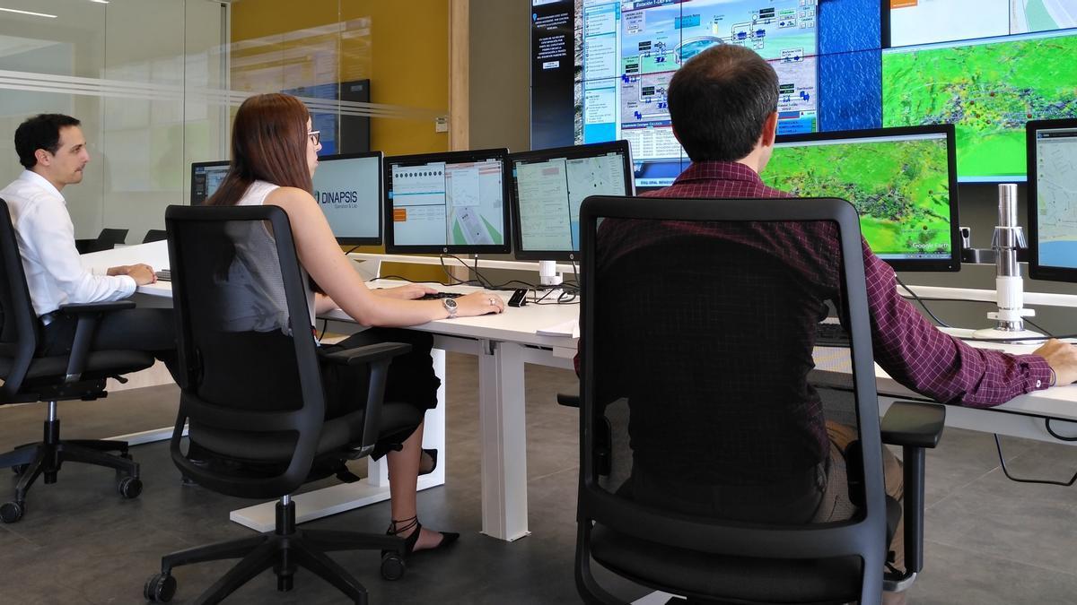 Sala de un centro de control en las instalaciones de Hidraqua.
