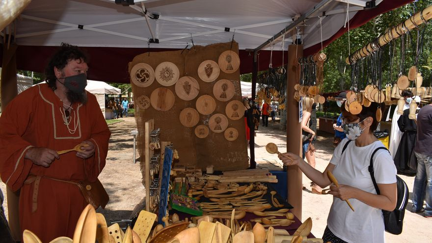 Monzón regresa al Medievo con la Feria de Artes y Oficios Tradicionales