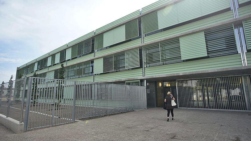 Un edifici «deficitari» i mancances al nou Institut de Vilablareix