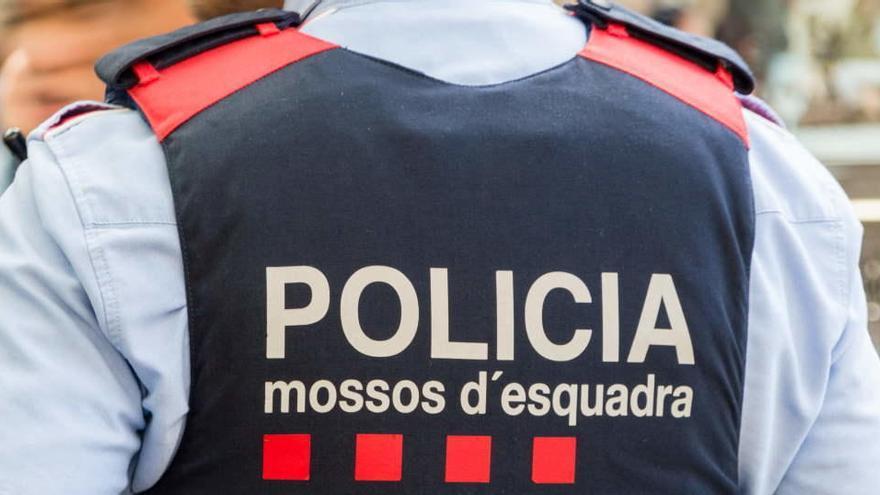 Detenido un hombre acusado de la muerte de una mujer en Barcelona