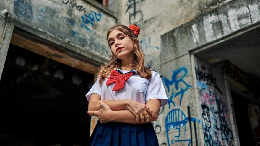 Conversión ultrapop con Marta Movidas y La Claridad en el Centro Párraga