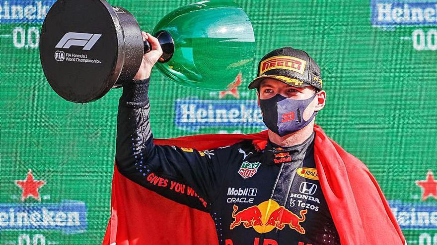 Max Verstappen es el nuevo líder del Mundial tras ganar en casa
