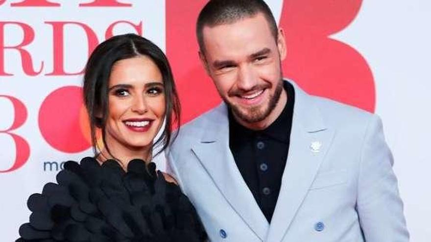 Los cantantes británicos Liam Payne y Cheryl Cole anuncian que se separan tras dos años de noviazgo
