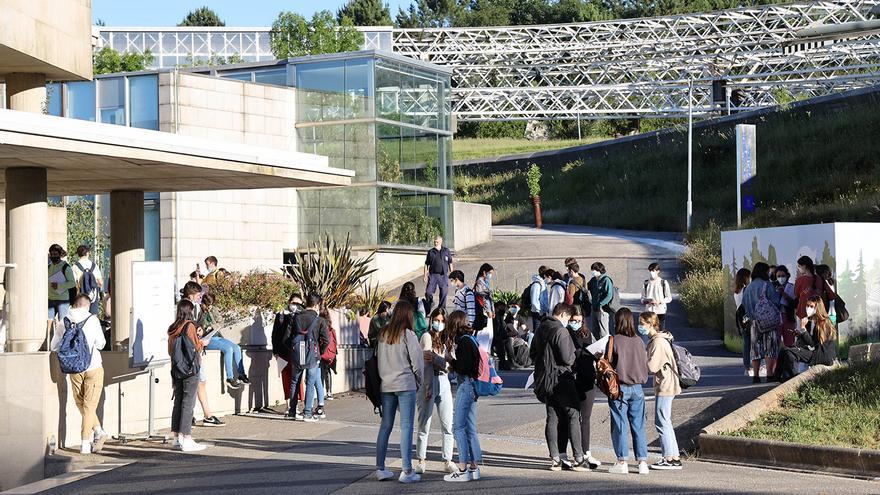 La Universidad retoma la total presencialidad excepto en materias de tres centros y un máster