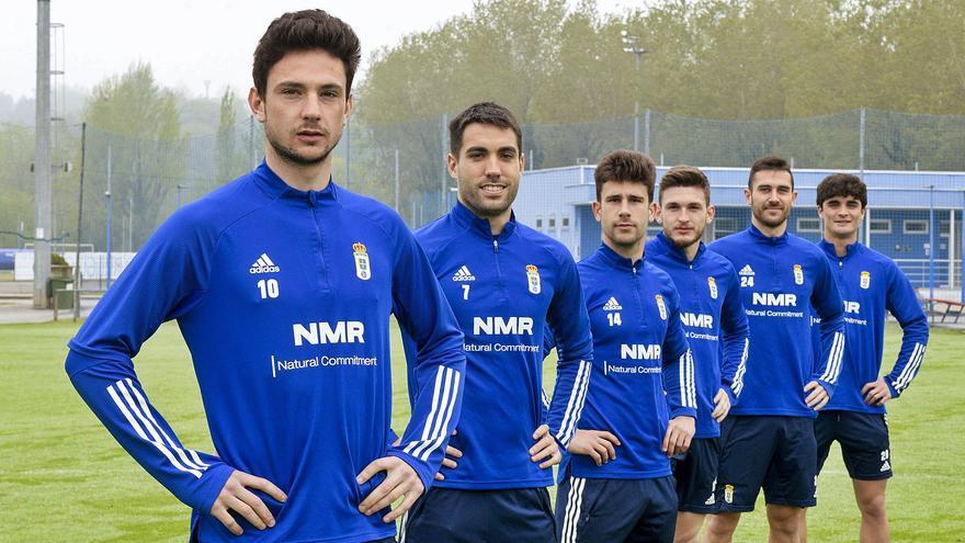 El Requexón cuenta en el Oviedo: tiene a seis asturianos en el primer equipo, sin contar a Javi Cueto, del filial, que ya debutó, ni a Riki, cedido