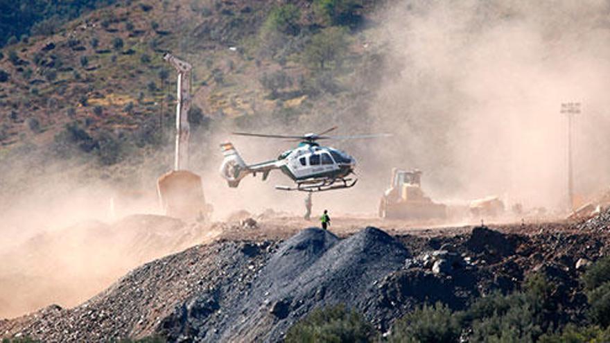 Un guardia civil de Mallorca, experto en microvoladuras, acude en helicóptero para rescatar a Julen