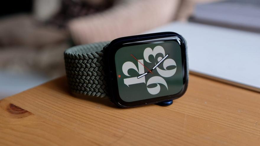 Apple Watch Series 7 ya a la venta: Más pantalla y novedades para ciclistas