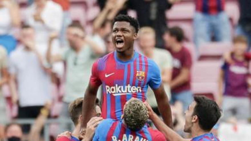 El Barça goleja per recuperar el somriure