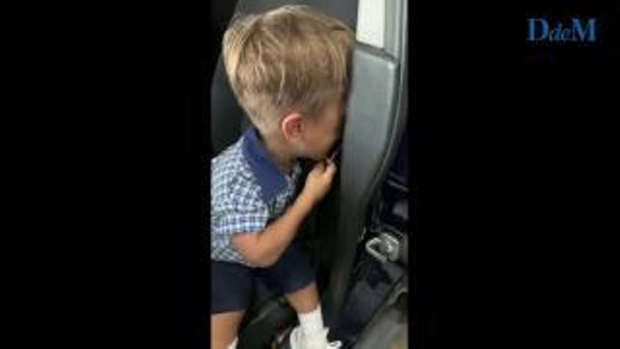 Graba a su hijo llorando desconsolado después de sufrir bullying