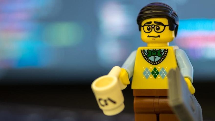 ¿Qué le pasa a un Lego si se enfría hasta los -273ºC?