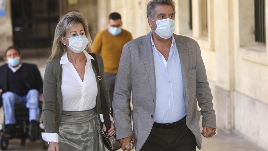 Un empresario declara que Ortiz le pagó 36.000 euros del viaje de Alperi a Creta