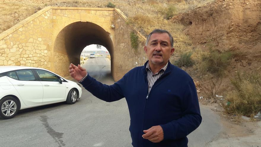 Proponen en Lorca eliminar el paso bajo las vías en Almendricos