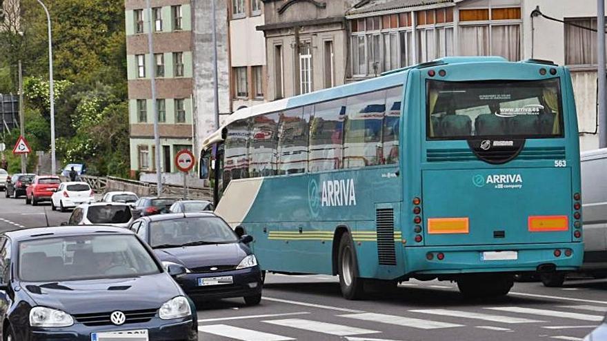 Una línea de autobús conectará Sabón, Agrela y Pocomaco a partir del día 23