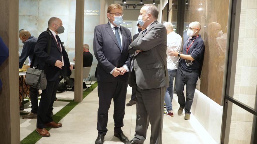 El president de la Generalitat valenciana, Ximo Puig, visita Cersaie