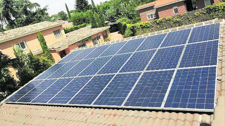 300.000 euros para subvencionar la instalación de placas solares en viviendas de La Palma