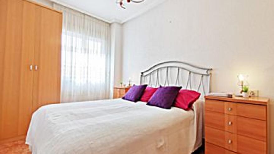 1.500 € Alquiler de piso en Playa del Cura (Torrevieja) 49 m2, 1 habitación, 1 baño, 31 €/m2, 2 Planta...