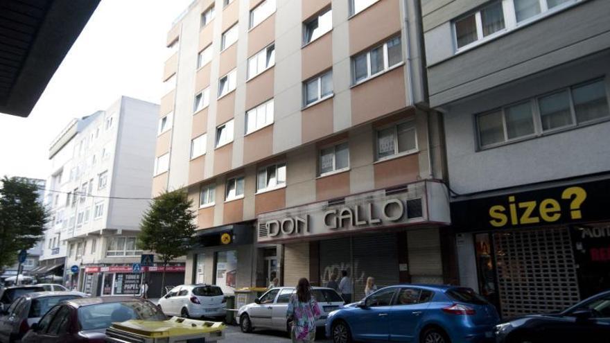 Stop Desahucios denuncia la existencia de 'pisos patera' ilegales en el Agra do Orzán y Os Mallos