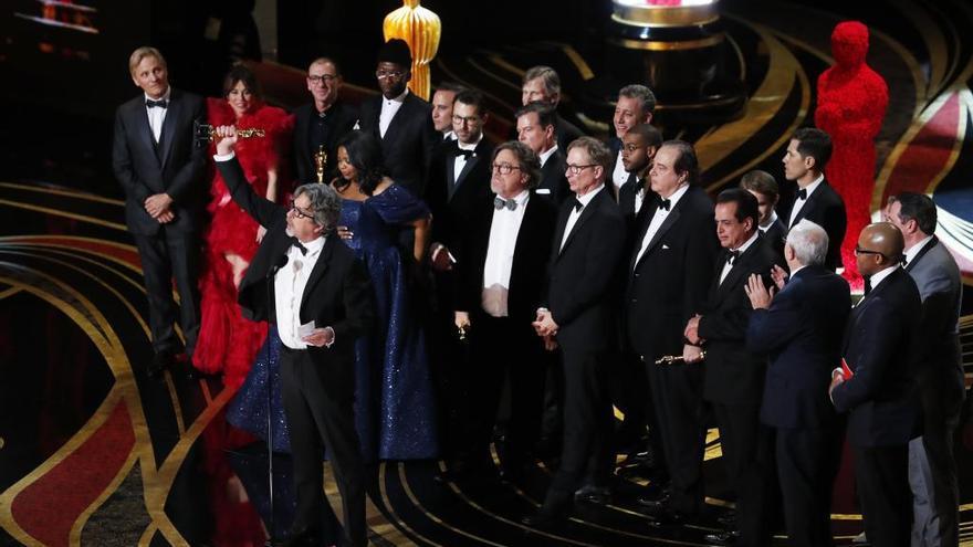 La gran pantalla triunfa sobre Netflix en  la gran noche  de Hollywood