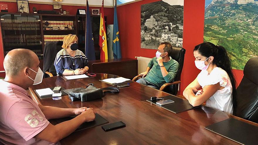 IU exige al Principado las inversiones pactadas y comprometidas en Riosa