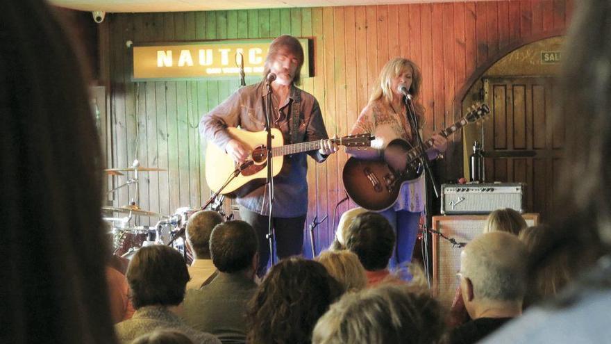 El ex mano derecha de Bob Dylan, en O Grove